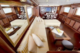 Yacht WOLF TWO -  Main Salon and Dining
